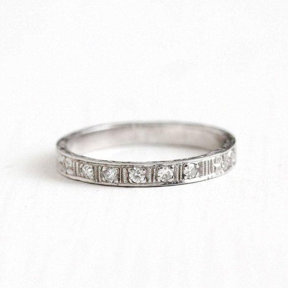 Wedding Ring~size 6 14 Vintage 14k White Gold Diamond Wedding Band