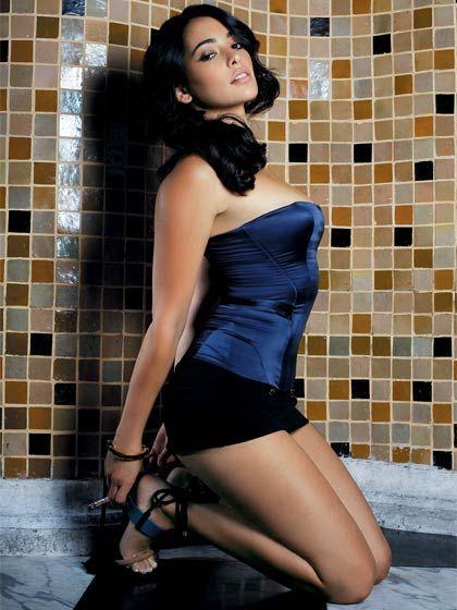 Www Bing Com1 Microsoft143 305 70: Natalie Martinez Is A Sizzling Hot Cuban-American Model