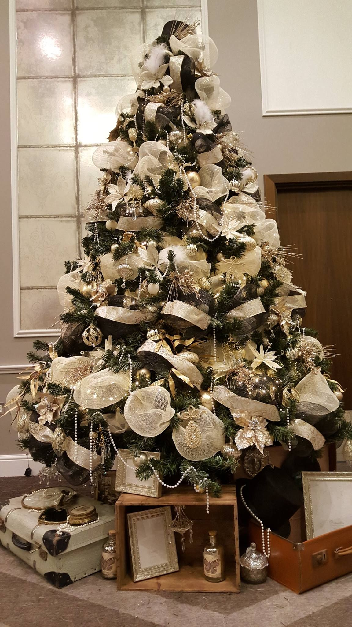 Christmas Tree Hire Luxury Christmas Tree Designs London Uk Christmas Tree Design Luxury Christmas Tree Christmas Venue
