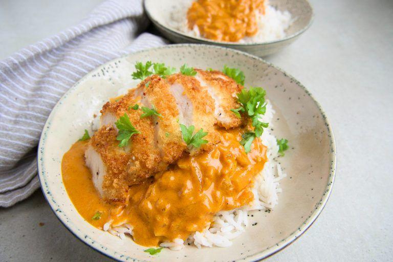 Crispy Chicken Med Indisk Sauce Opskrift Med Billeder Aftensmad Madopskrifter Paneret Kylling