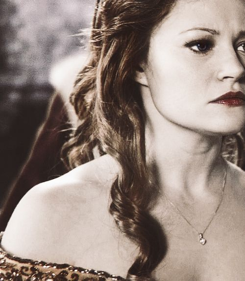 belle once upon a time tumblr - Pesquisa Google | Once ... Emilie De Ravin Once Upon A Time Tumblr