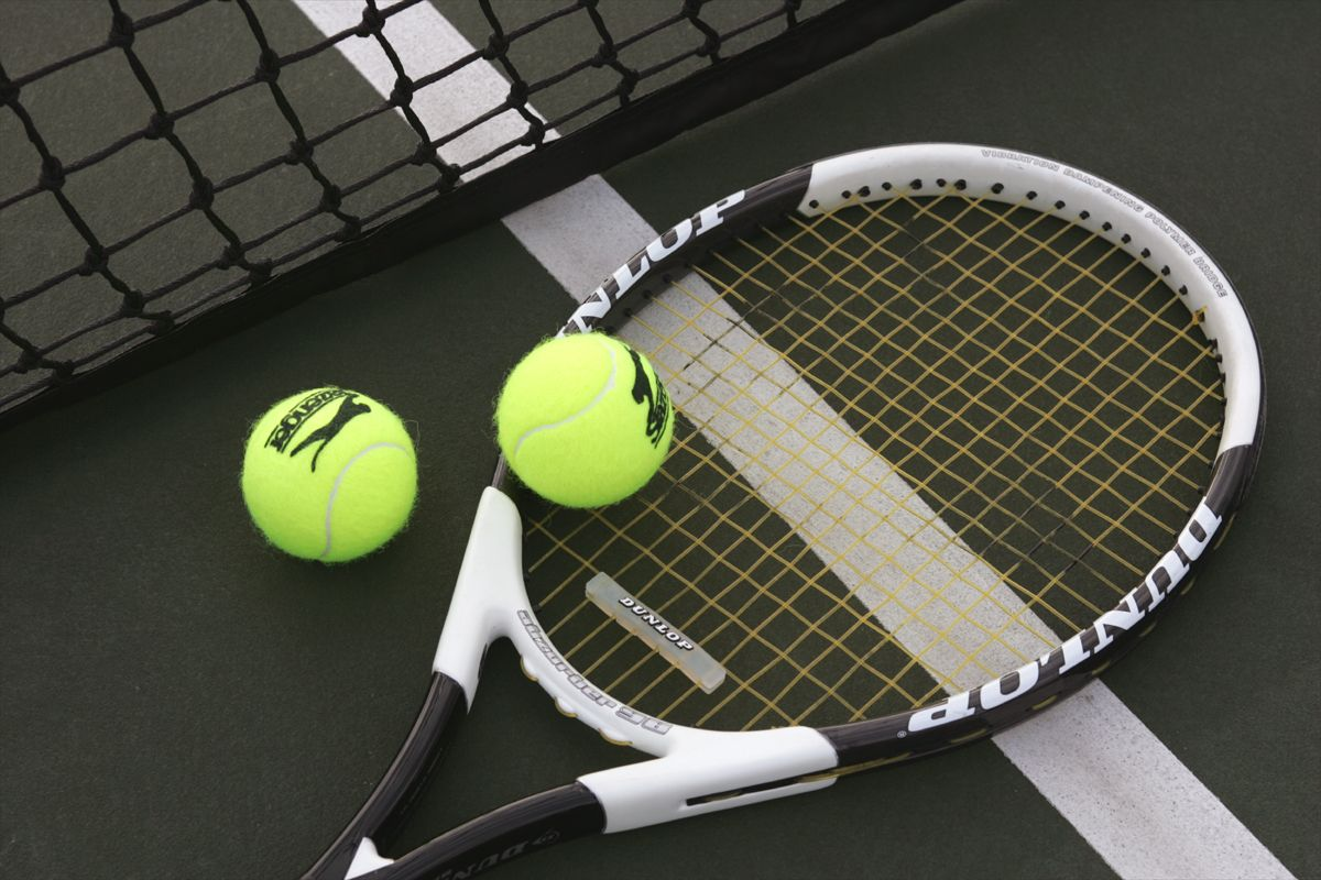 Popular Equipment Required For An Exciting Tennis Match Tennis Tournaments Tennis Lessons Tennis