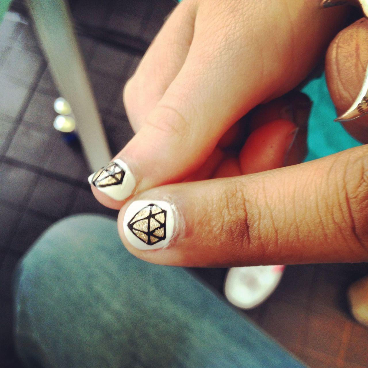 The Illustrated Nail - diamond nail art | Uñas uno | Pinterest ...