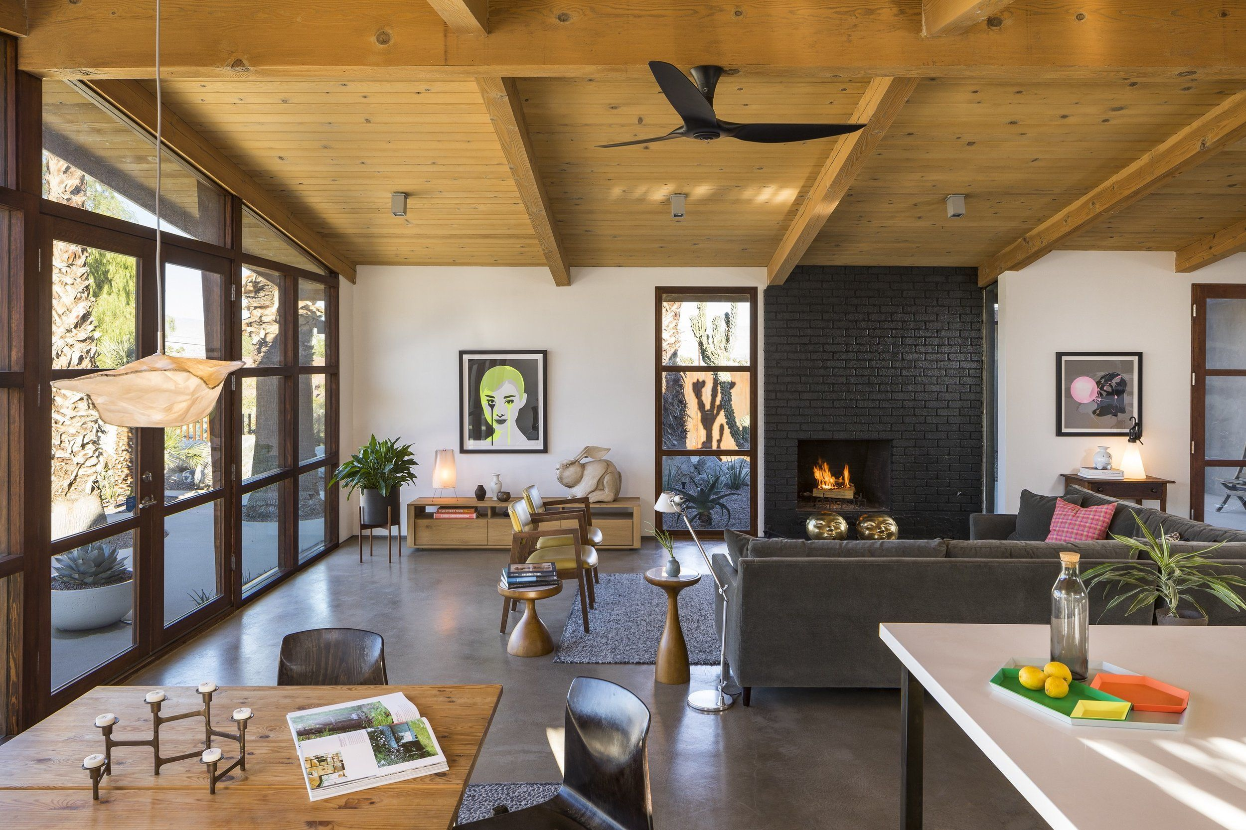 Cliff May Ranch Style Mid Century In Palm Springs Living Room