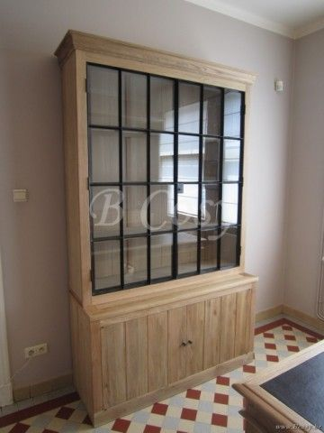 Vaisselier Interiors pr interiors alice vitrinekast in weathered oak-eik met zwarte