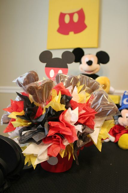 Mickey mouse treats...Brecken's 1st birthday is mickey mouse for sure :)