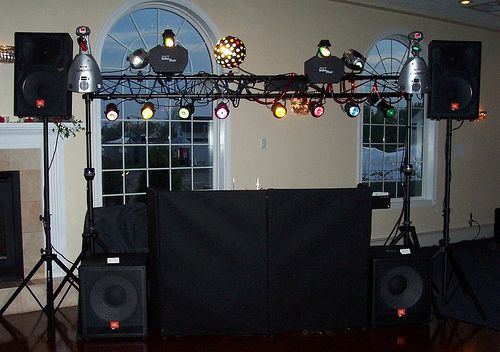 Dj Package 3 At Capt Bills With 10 Foot Intell Lighting Truss Lighting Truss Dj Packages Light Show
