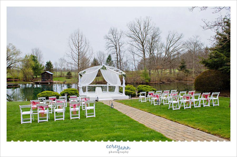 Country Cottage Gardens Wedding With Ashley And Daniel Country Cottage Garden Cottage Garden Garden Wedding
