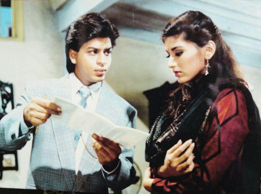 Srk And Sonali Bendre Shah Rukh Khan Movies Shahrukh Khan Bollywood