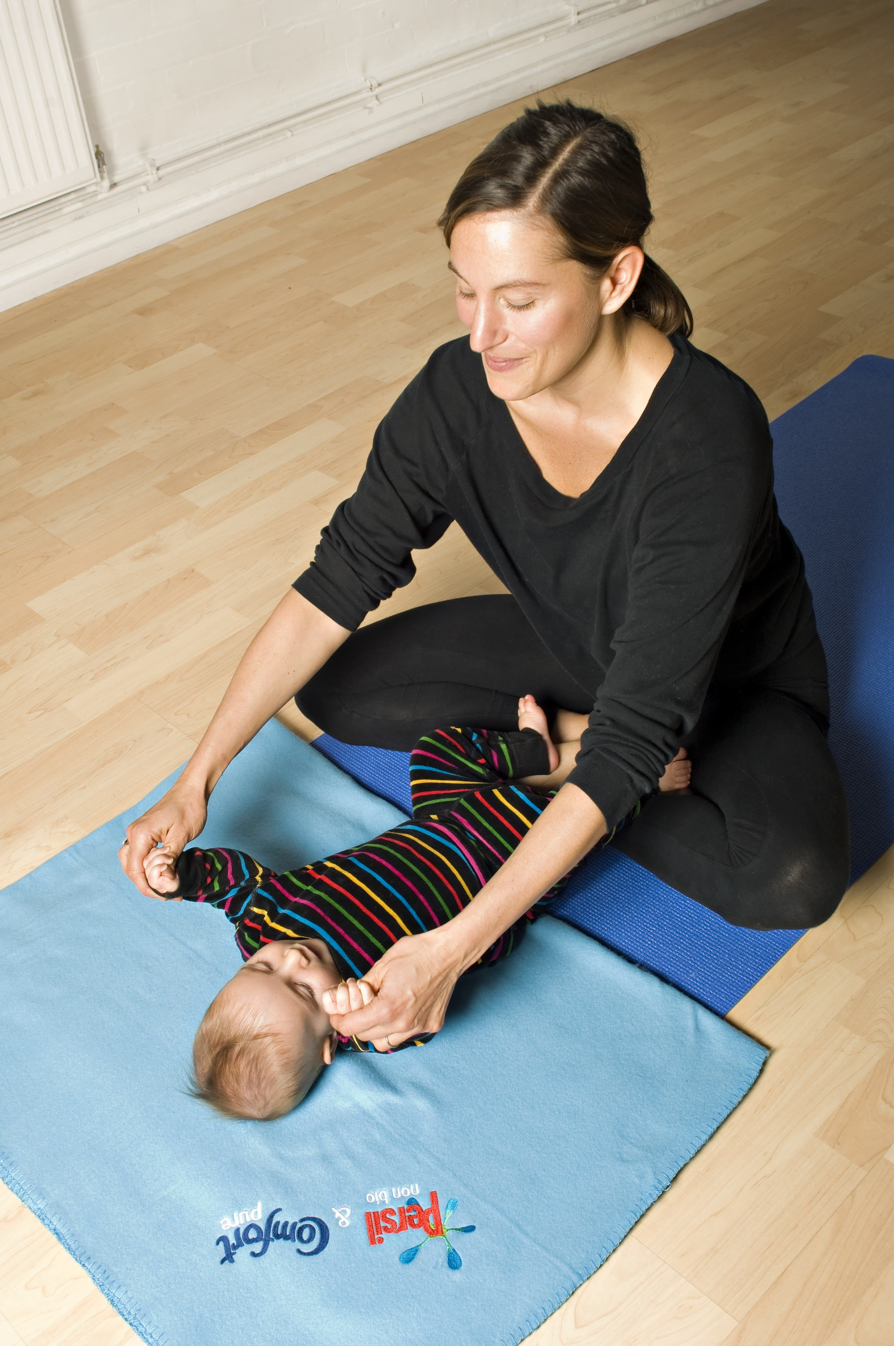 Baby Yoga Guide London Mums Magazine Baby Yoga Mom And Baby Yoga Mommy And Baby Yoga