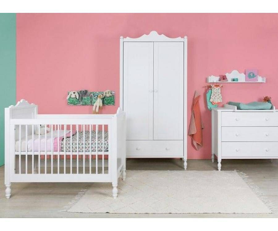 Belle slaapkamer met ledikant / Wit Stel zelf uw baby slaapkamer ...