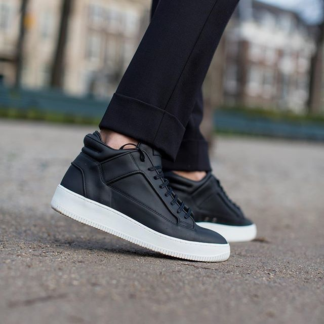 ETQ. AMSTERDAM Mid-top sneaker crafted