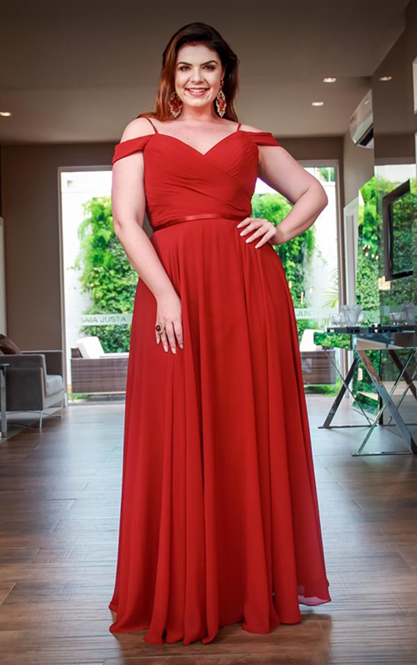 1a1e25fb5 Dicas de onde comprar ou alugar vestidos de festa plus size (para  madrinhas, formandas e mãe da noiva (o)