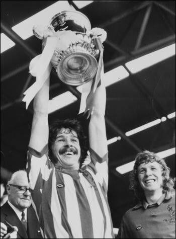 Sunderland FA Cup Winners Bobby Kerr POSTER