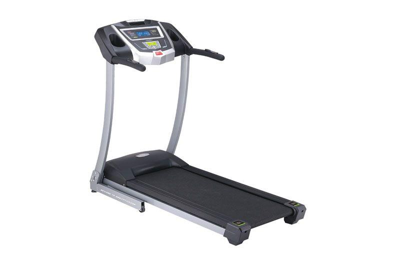 Ne dozvolite da vaš trening zavisi od vremenskih neprilika Traka za trčanje Capriolo 4590 Cijena: 1149 KM (može i na do 12 rata beskamatno*)  • Motor: 1,75Ks  • Površina trake: 120x40cm  Funkcije kompjutera: • Trenutna brzina (1-16km/h) • Time (vrijeme provedeno na treningu) • Razdaljina  • Utrošene kalorije • Temperatura prostorije • Trenutni puls  Više na: http://www.jabihcapriolo.com/artikli_det.asp?meni=TRE&pdm=TTRA&idkat=4286