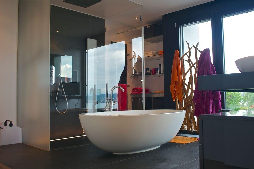Freistehende Badewanne in Luxus Badezimmer Räume  Häuser Pinterest
