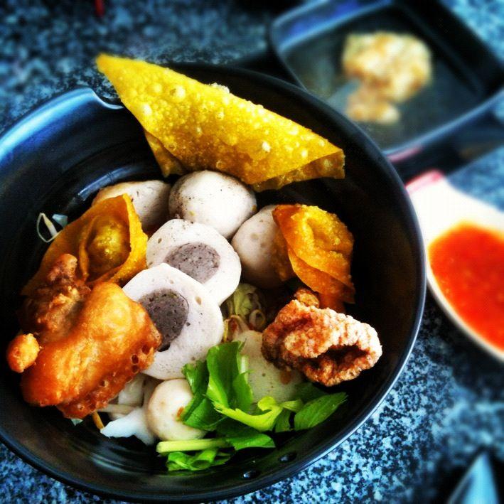 Fish Noodle with Fish Balls & Deep Fried Wontons at KejMukDa Fish Noodle (Phuket)