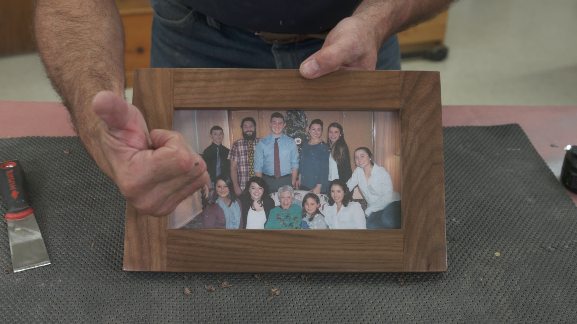 Making Pictures Frames With A Router Table Frames Woodworking