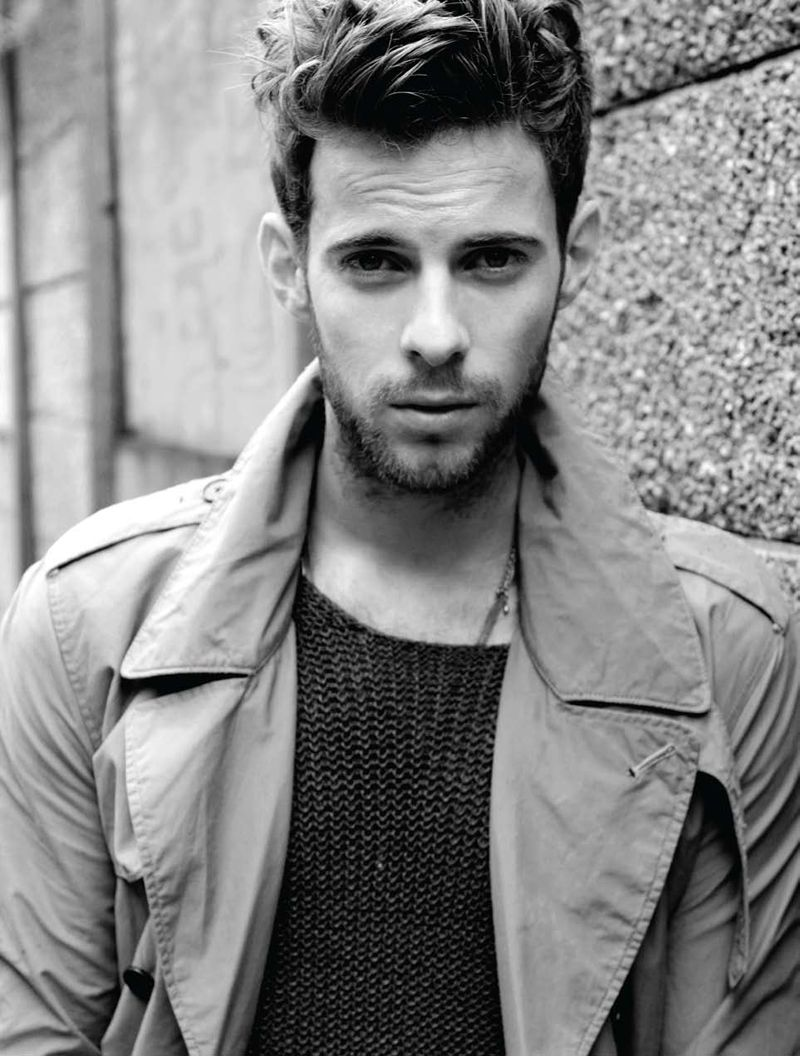 luke treadaway hollow crown