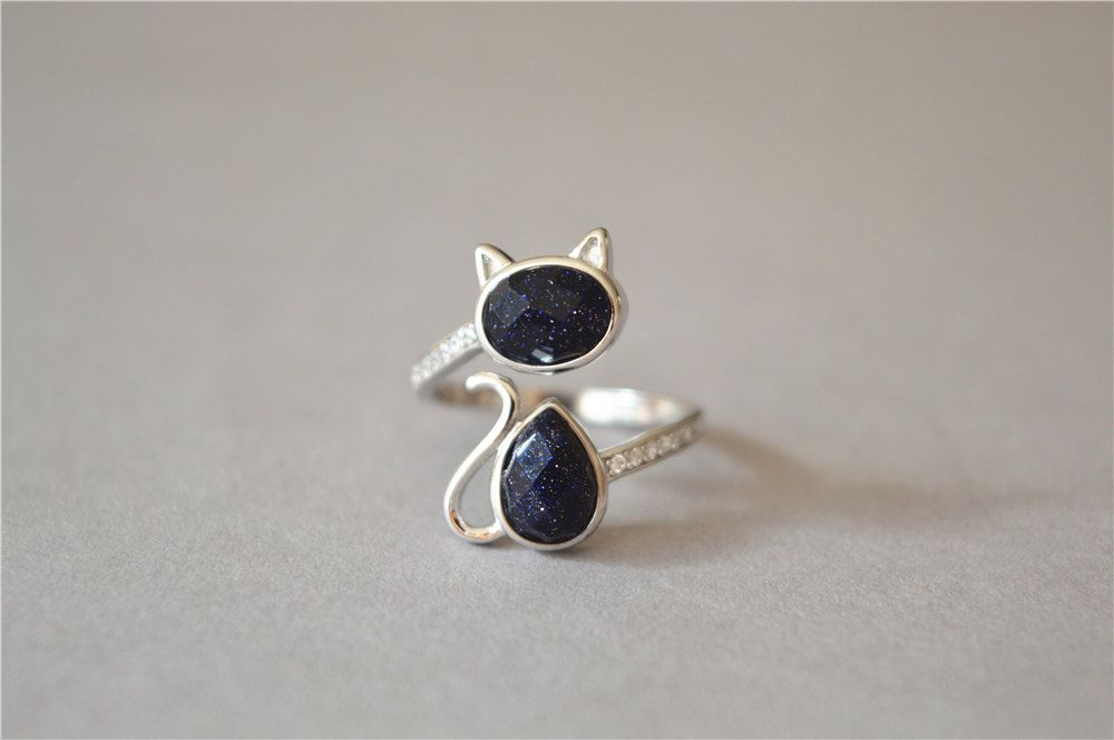Adorable Black Spinel and Sterling Silver Cat Ring