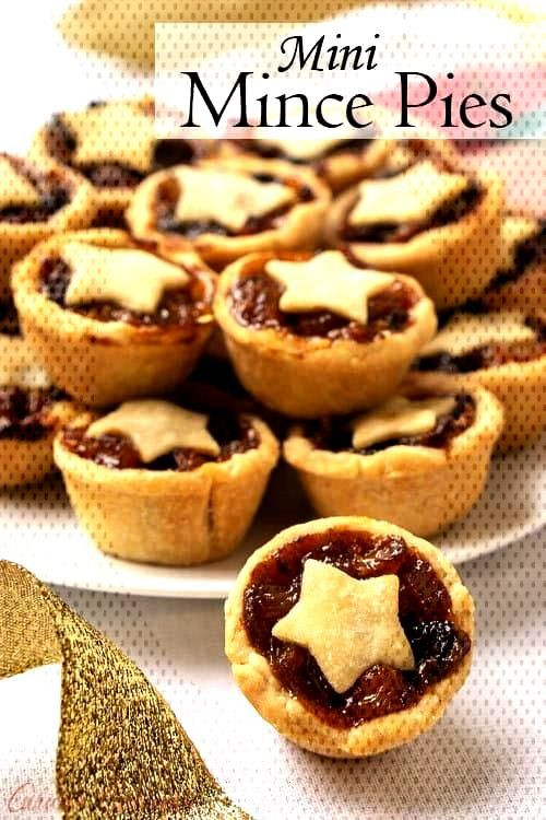 Mini Mince Pies Mince Pies are a British Christmas staple. These sweet and boozy mini fruit pies a
