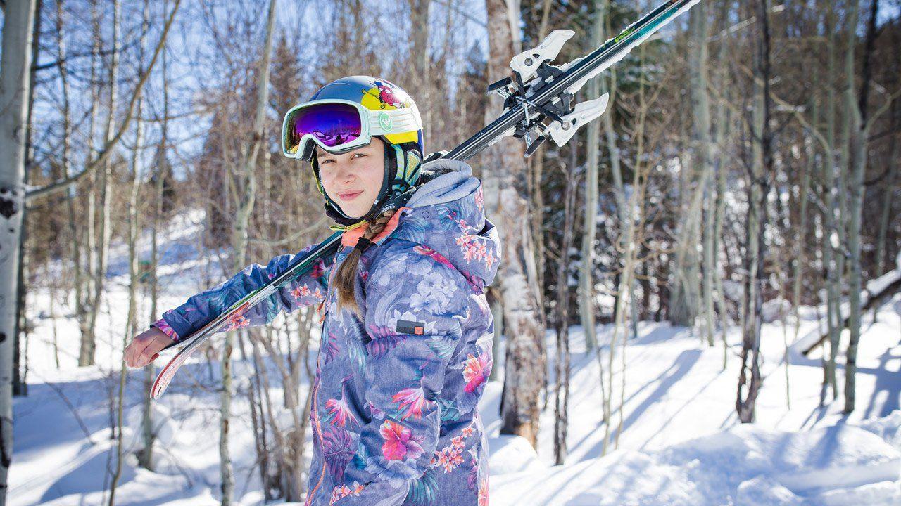 a8676da21c Roxy Girls Roxy Snowboard brand and lifestyle Roxy Snowboard Kelly Sildaru  team member Roxy #ROXYsnow