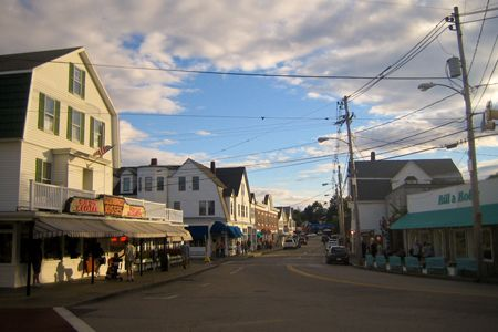 York Beach Maine I Have A Fondness For R Taffy Goldenrod Blts And Bill Bob S T Shirt
