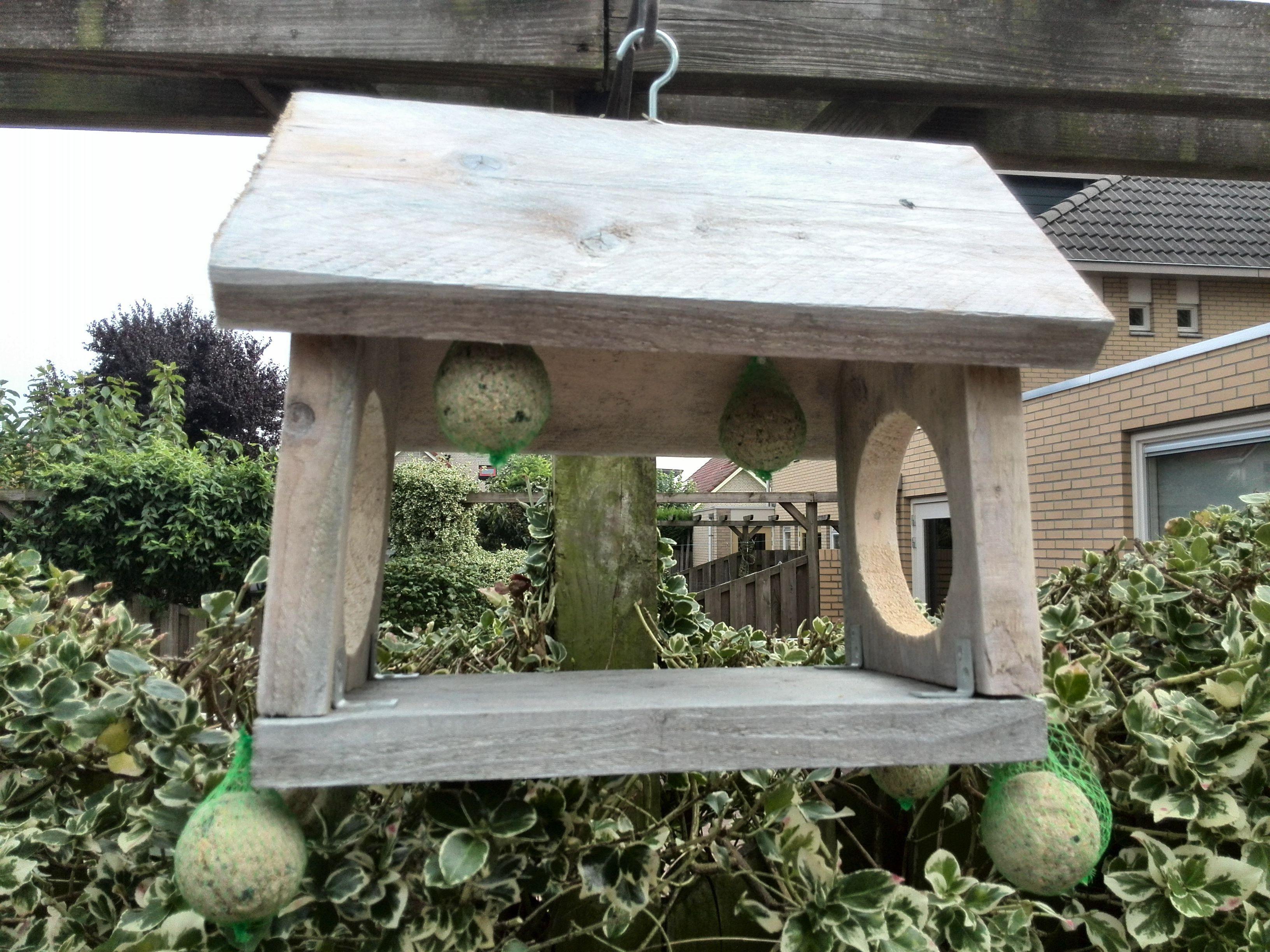 Vinyl Steigerhout Look : Voederhuisje van steigerhout voederhuisje bird