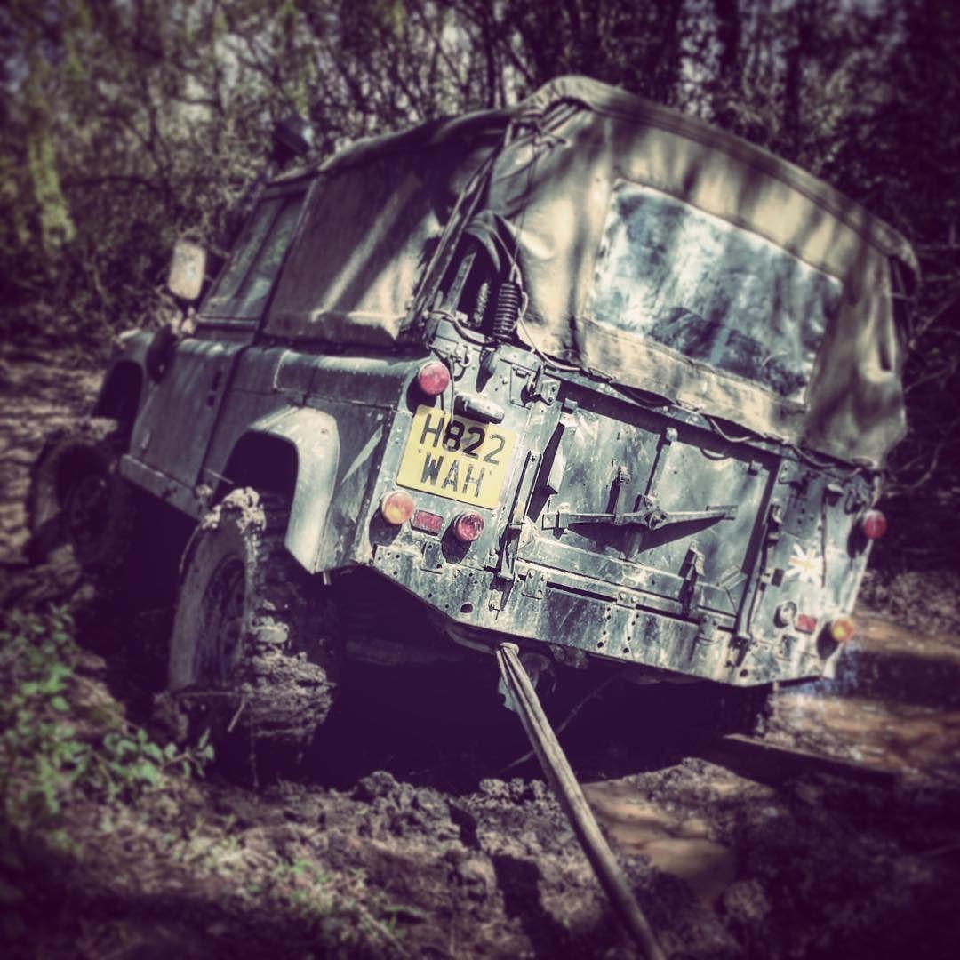Got stance bro landrover land rover 90 110 defender