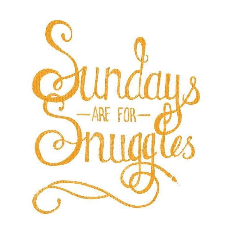 Happy Sunday Loves Find Time To Snuggle Today Cozy Sundayvibes Holidayseason Snuggleup Blanket Sunday Quotes Funny Weekday Quotes Saturday Morning Quotes