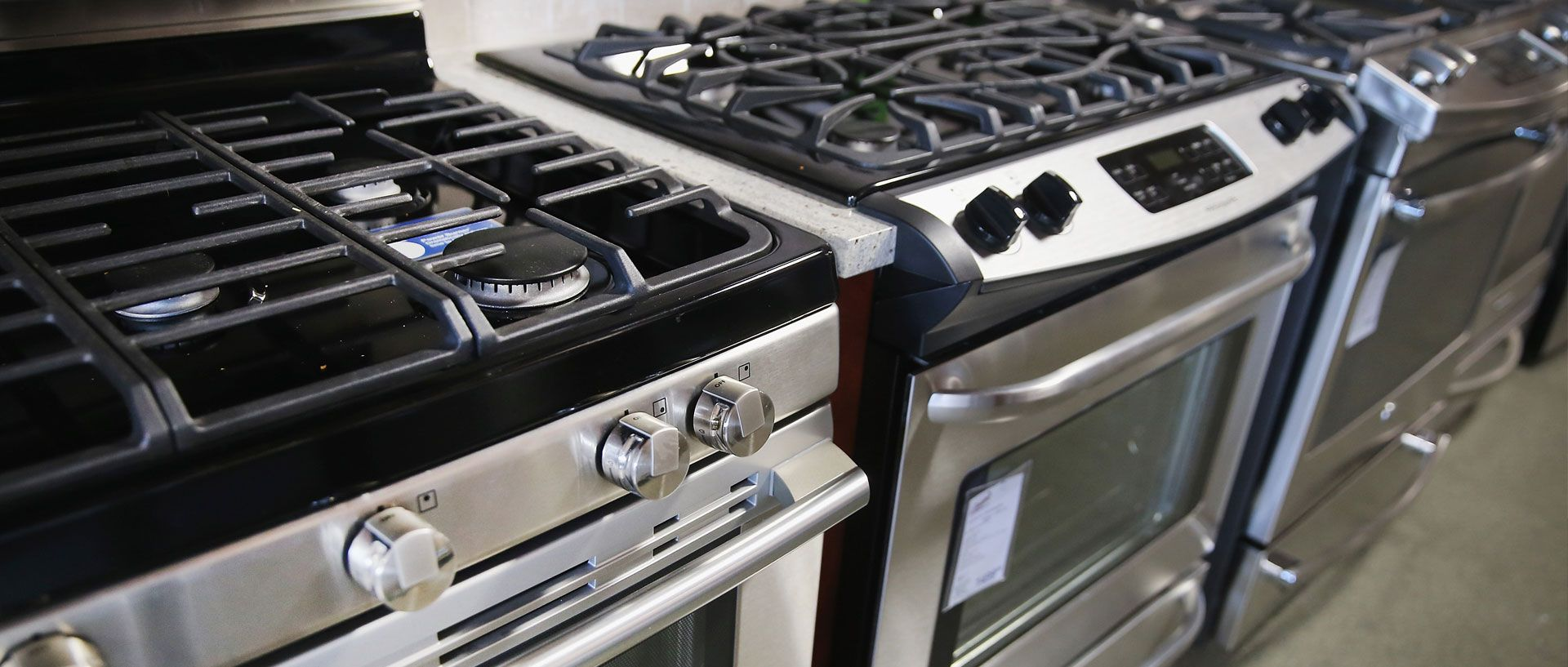 Best Gas Ranges from Consumer Reports\' Tests | Kitchen ...