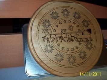 Lovely #Christmas #mandala: http://www.1-2-do.com/de/projekt/Weihnachten-rueckt-immer-naeher/bastelanleitung-zum-selber-basteln/4695/
