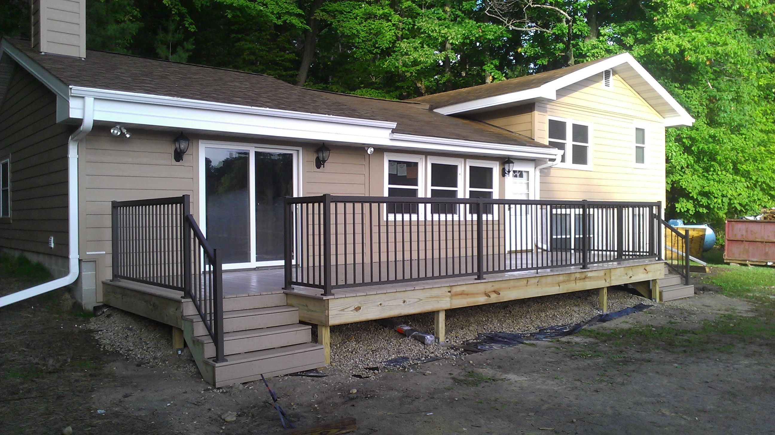 Best Deck Railing Quick And Easy Deck Project With Regal 400 x 300