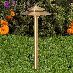 Vista 2125 Led Path Light Fixture Is Constructed Of Solid Spun Brass Vista S Turn To Lock Solid Brass Lamp Path Lights Exterior Lighting Landscape Lighting