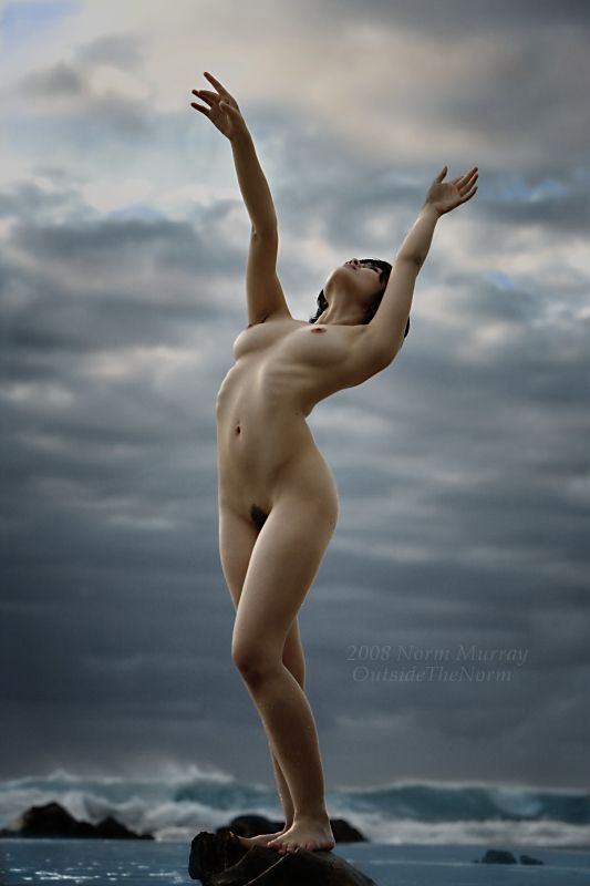 Nude Reference Pose Foto Refer Ncias Pose A O Anatomia Pinterest Pose Nude And Anatomy