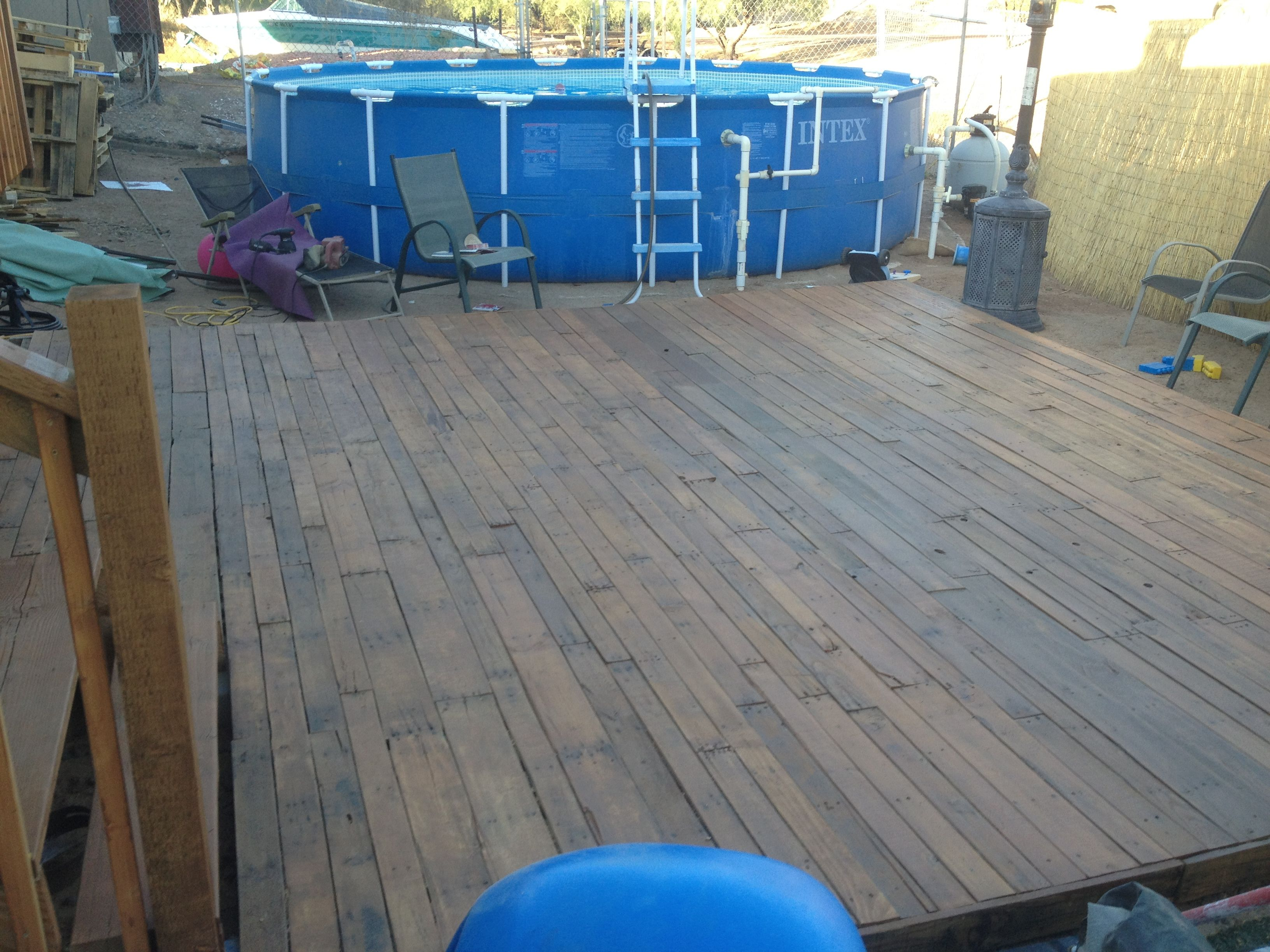 Pallet Deck Stained With Thompson Water Seal Desert Brown