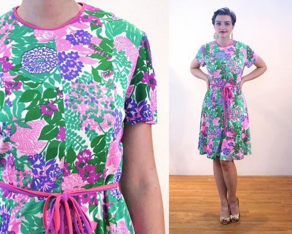 367dedeadfe 70s Floral Skater Dress M