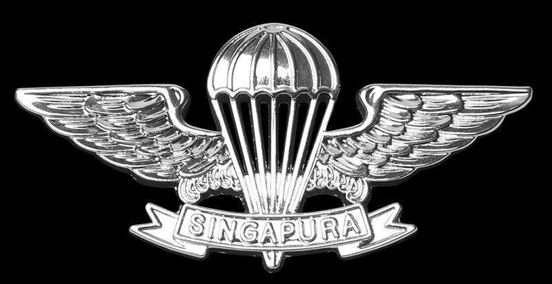 SINGAPORE COMMANDO SPECIAL FORCES PARACHUTE BADGE- RARE AIRBORNE