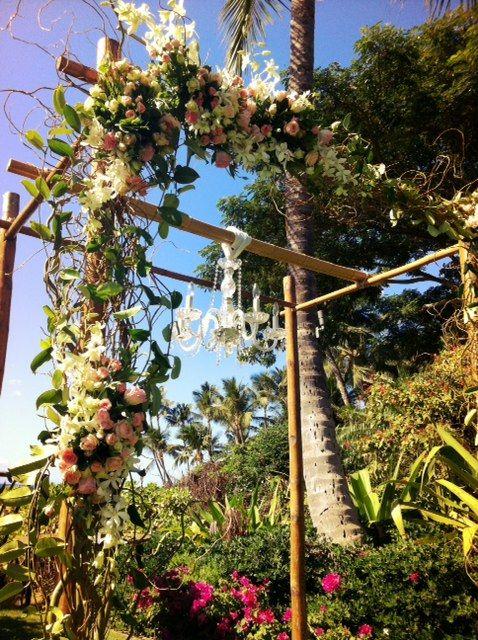 Bella Bloom Maui- Natural floral arch
