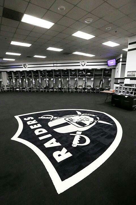 Raiders Locker Room Oakland Raiders Pinterest