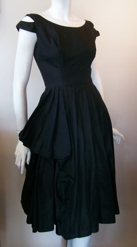 78  images about 1940-1950&-39-s Looks on Pinterest - Day dresses ...