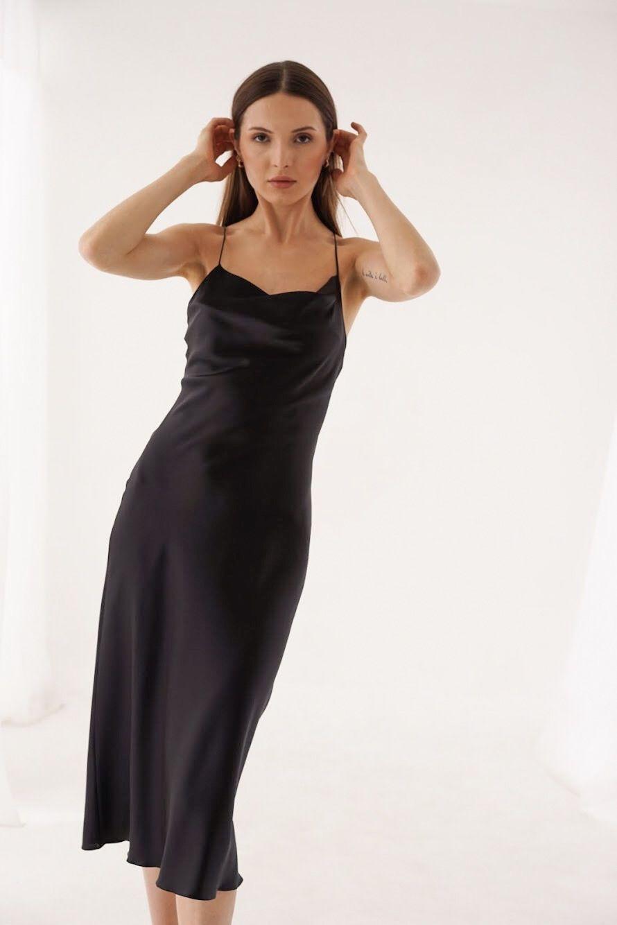 Pin By Kevin Evans On Silk Slip Dresses Silk Slip Dress Slip Dress Red Slip Dress [ 1334 x 890 Pixel ]