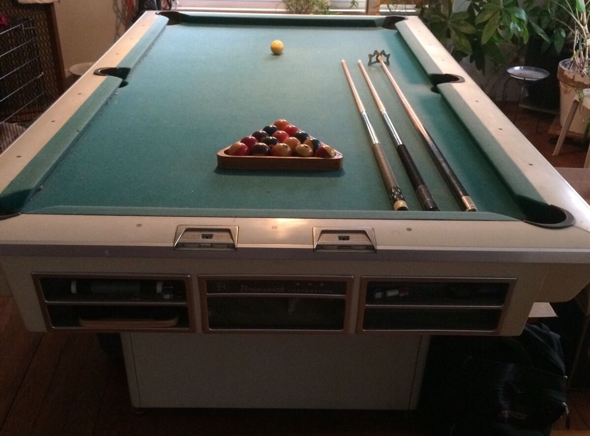 Brunswick Billiard Tables For Sale Ebay >> Vintage 1950s 60s White Brunswick Pool Table Bundle Vg Condition