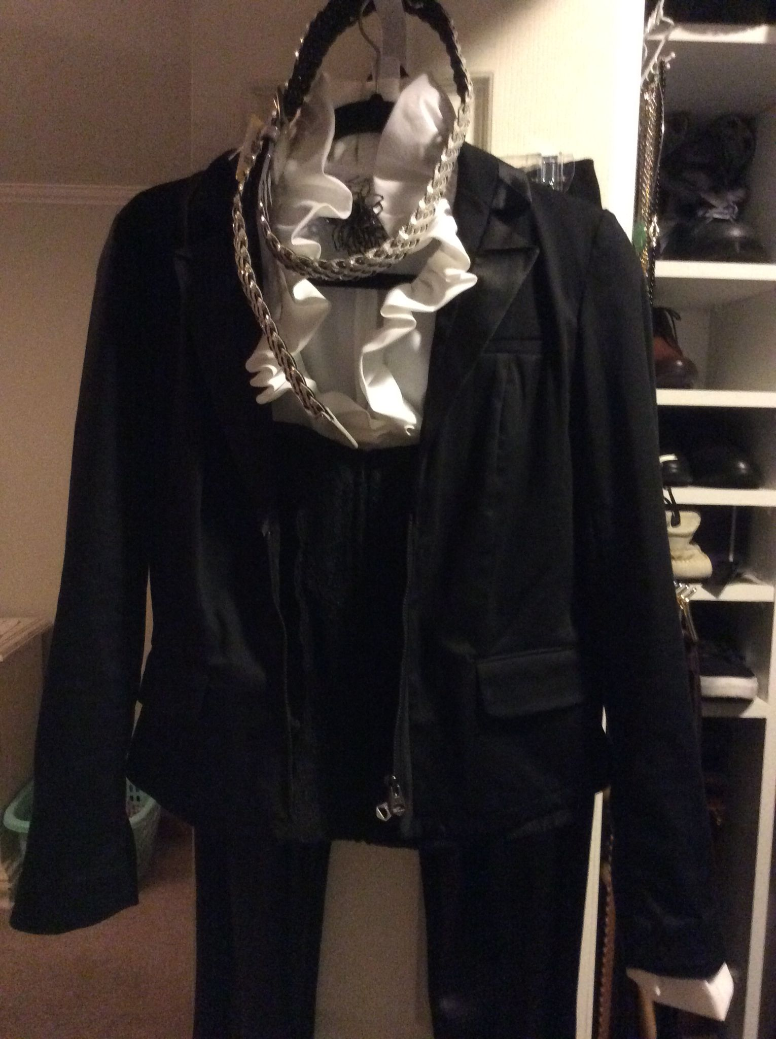 Making Halloween Fashion, Leather jacket
