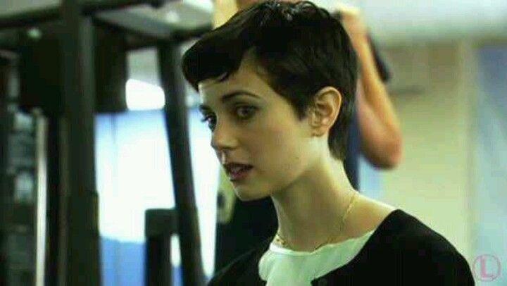 Mia Kirshner Short Hair