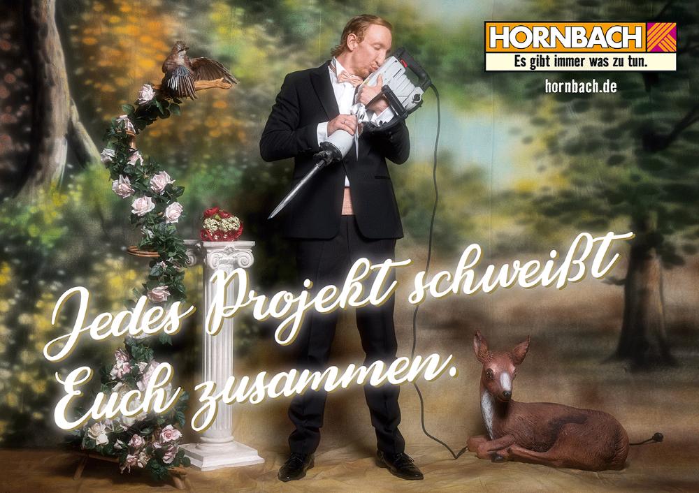 Großer Spaß Hornbach entdeckt die Liebe und die