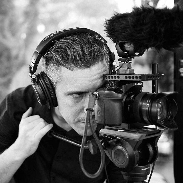 James Bond style #smallrig #versaframe #versacage #quickcage #filmmaking #photographer #filmmaker #camerarig