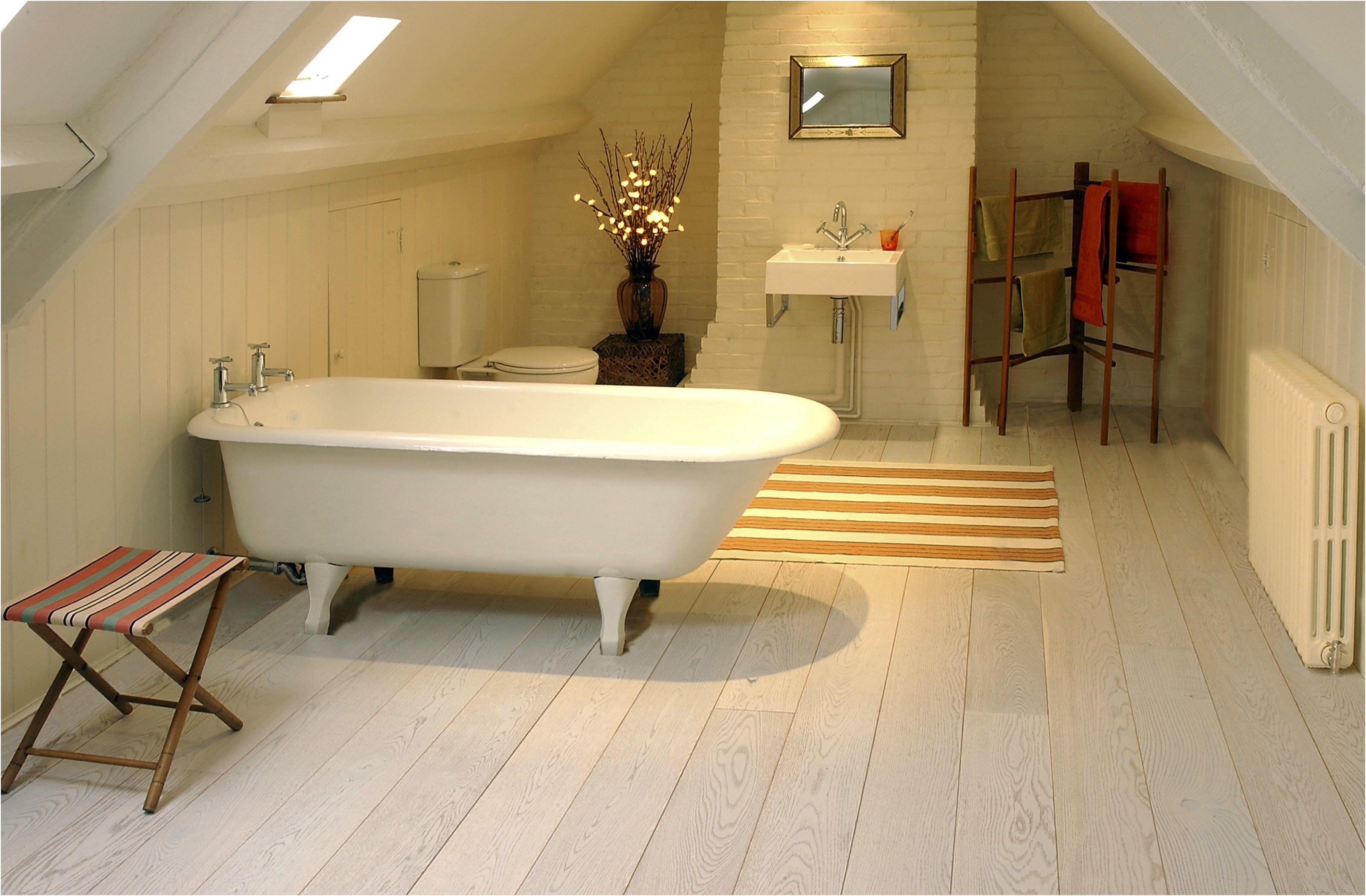 New Bathroom Flooring Uk Dengan Gambar