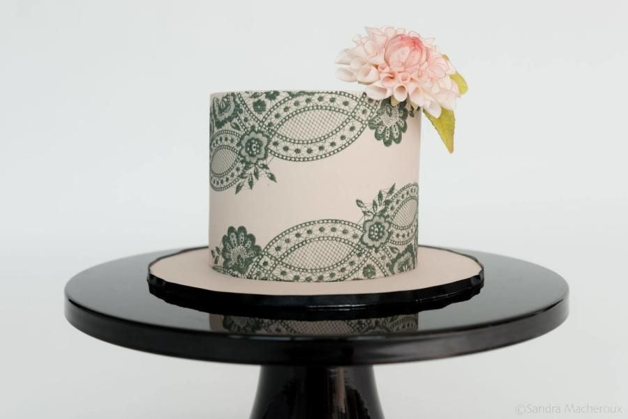 Simplicity - Cake by Jo Finlayson (Jo Takes the Cake)