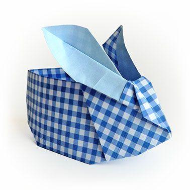 Photo of Origami Osterhase blau kariert